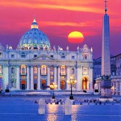 Пазл онлайн: Собор Святого Петра в сумерках