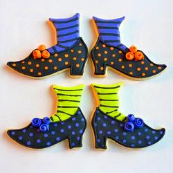 Пазл онлайн: Печенье Ведьмины башмачки