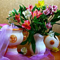 Пазл онлайн: Букет цветов в вазе