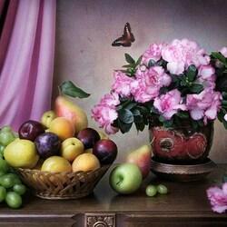 Пазл онлайн: Натюрморт с азалией