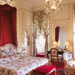 Пазл онлайн: Спальня во французском замке