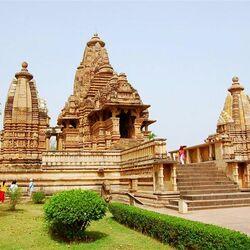 Пазл онлайн: Храм Кандарья-Махадева