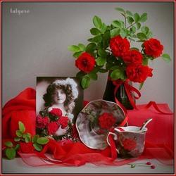 Пазл онлайн: Девочка с красными розами