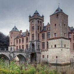Пазл онлайн: Замок Тиллигем