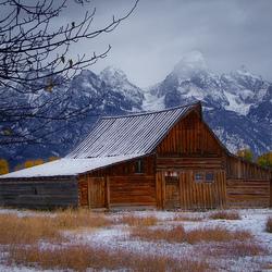 Пазл онлайн: Начало зимы в горах