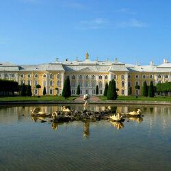 Пазл онлайн: Большой Петергофский дворец