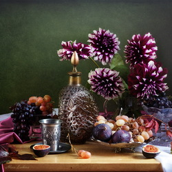 Пазл онлайн: Натюрморт с георгинами и фруктами