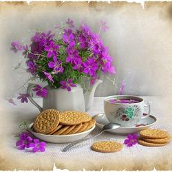 Пазл онлайн: Чай с печеньками