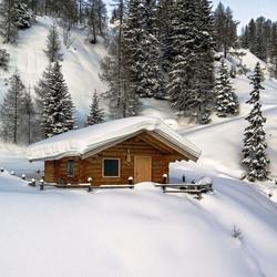Пазл онлайн: Зимний домик